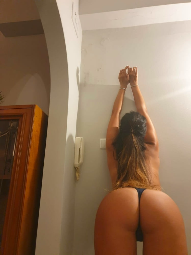 My wonderful girl offering a show- 23 Pics