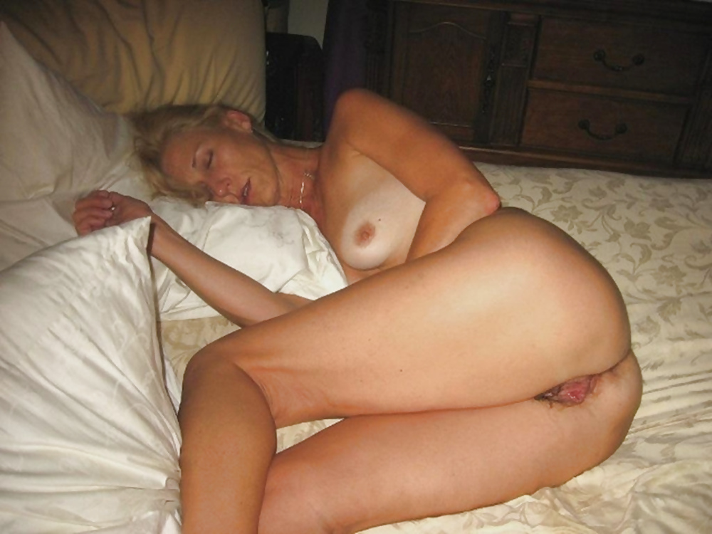 shorts-fucked-naked-mature-wives-sleeping-groin