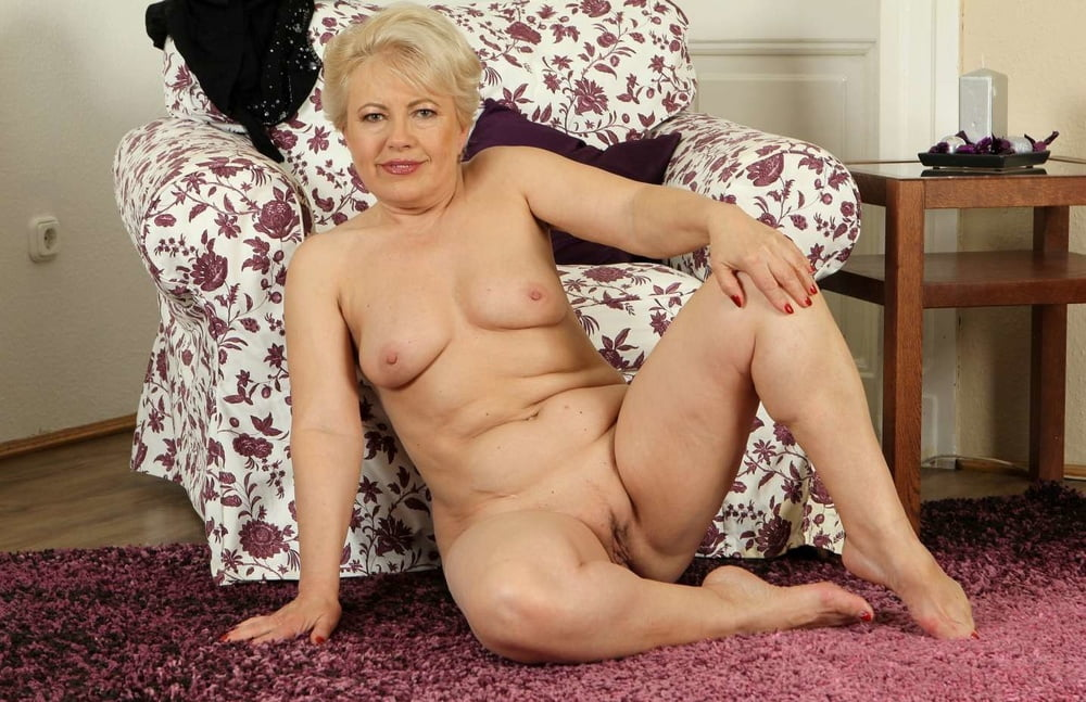 Nude mature grandmothers