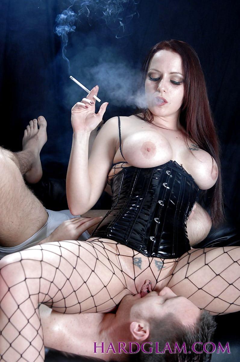 Smoking fetish porn