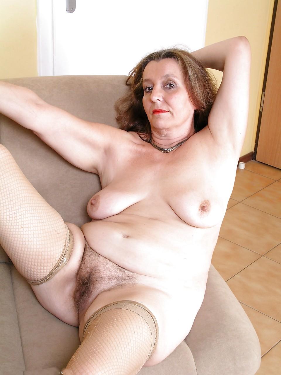 Free very mature women pics — pic 12