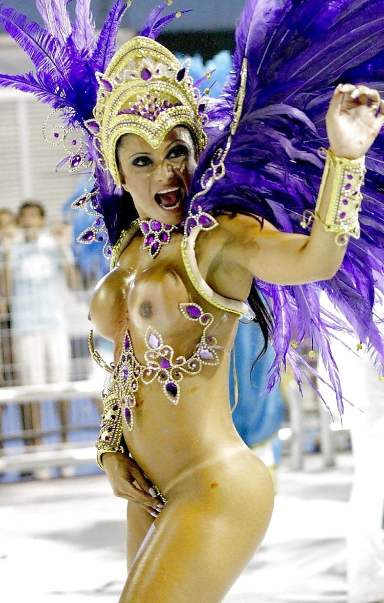 Malayalee babes from rio carnival showing pussy
