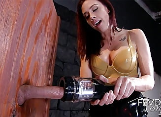 Milking slut with milking machine