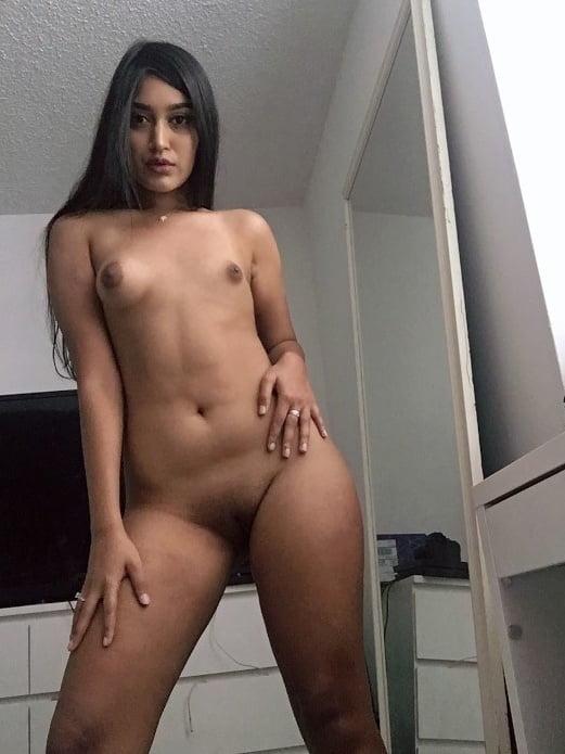 Indian horny slut exposed - 47 Pics