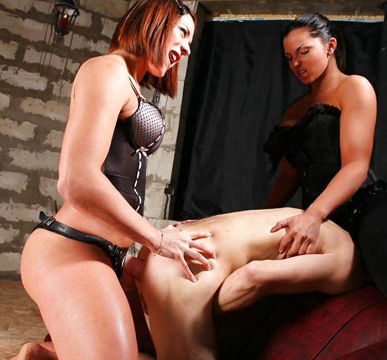 Sexy anal fisting strapon femdom clips jihyo