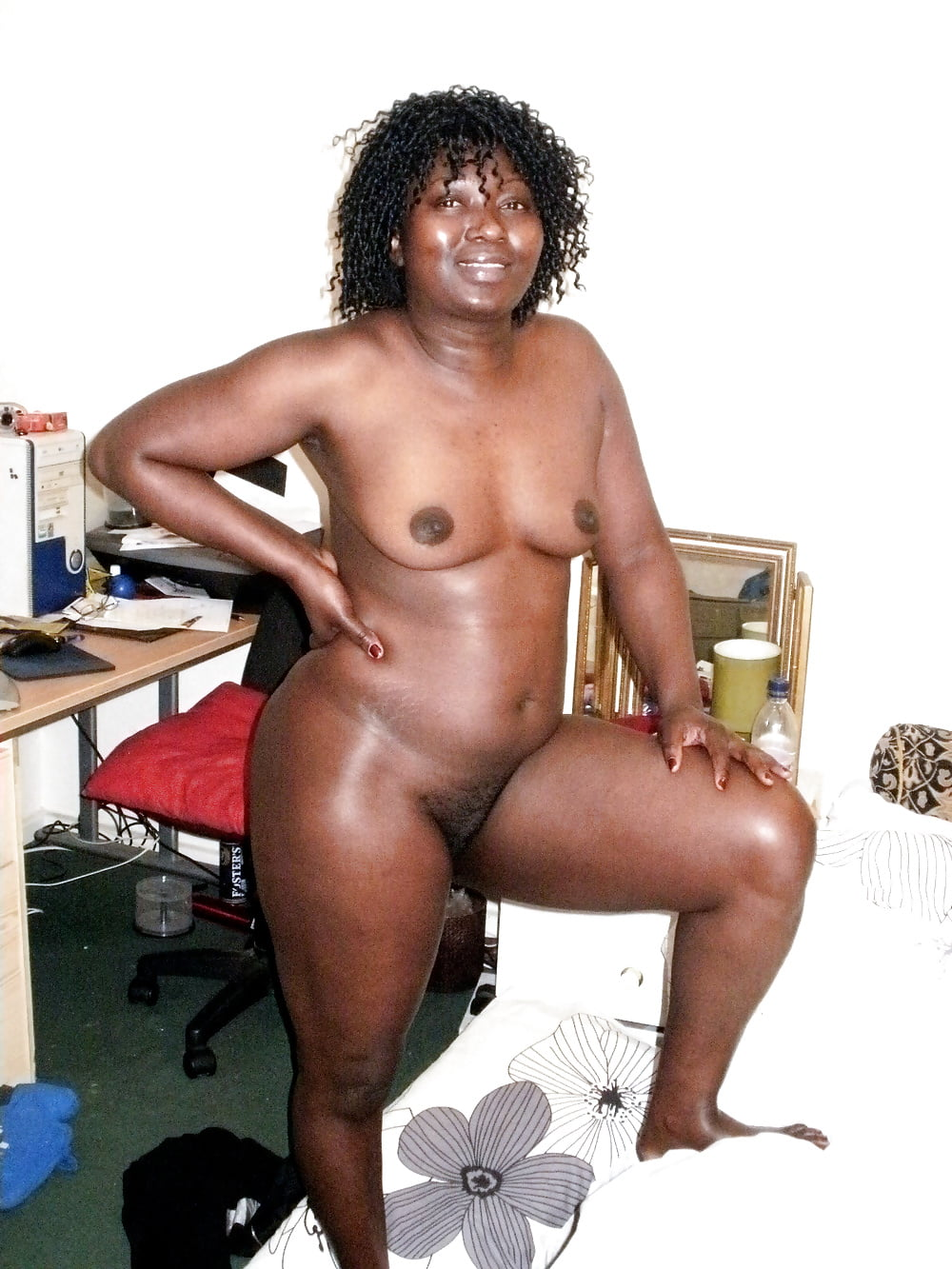 Mature afro women naked — pic 11