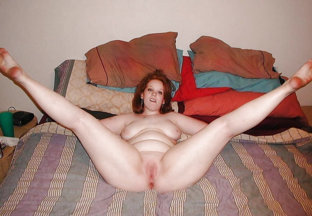Nude chubby girls spreading legs