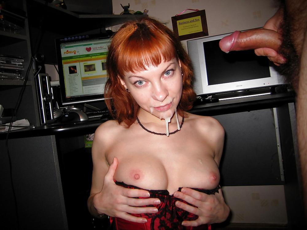 Рыжая проститутка домашнее