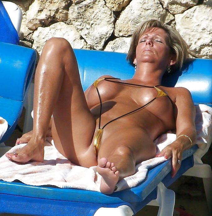 Rita Ora Bikini Body, Swim Style