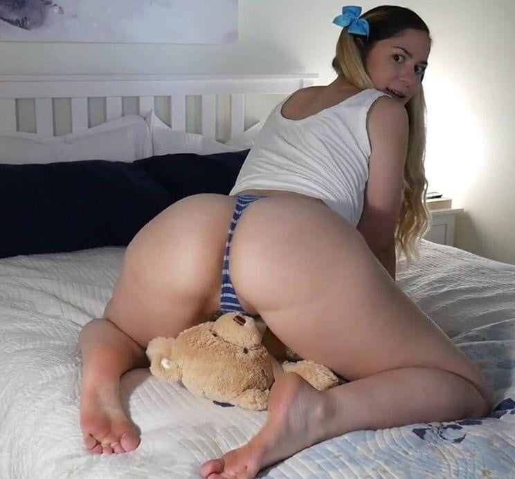 Ashley Alban Nude Leaked Videos and Naked Pics! 32