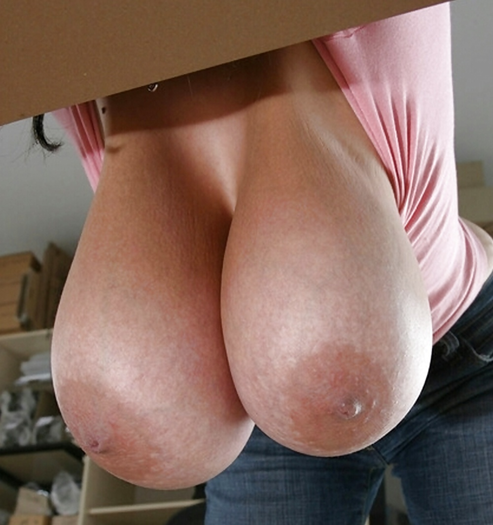 Large Saggy Hanging Tits Charwomens Competition Free Pics