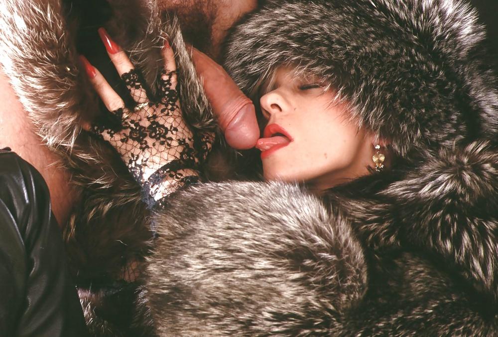 Chelsea Fur Coat Handjob Sex Images