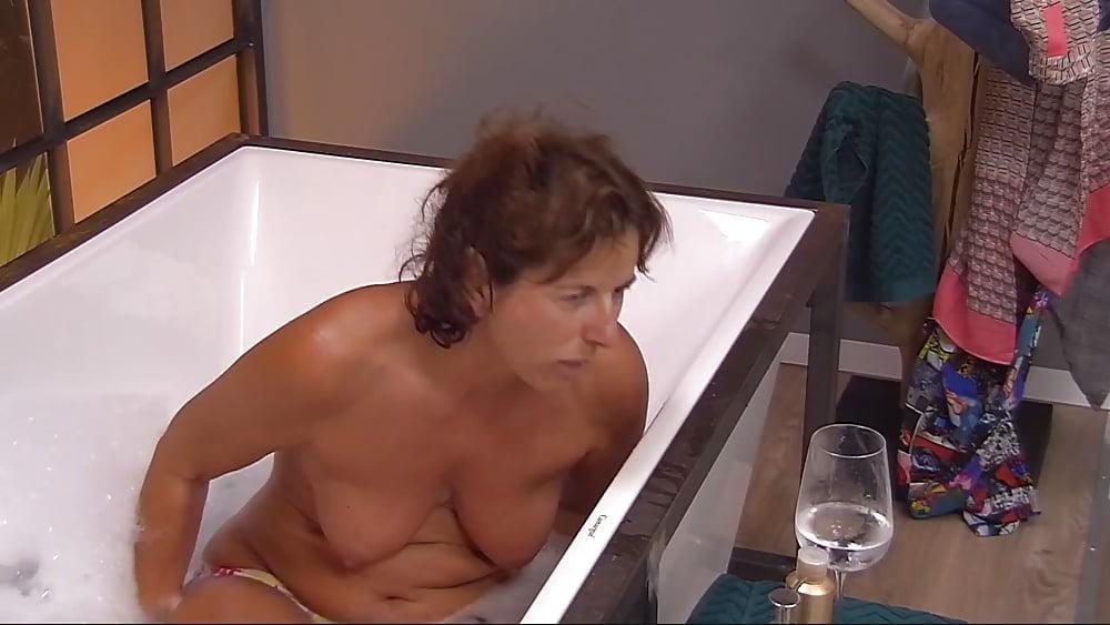 Claudia Obert Nackt