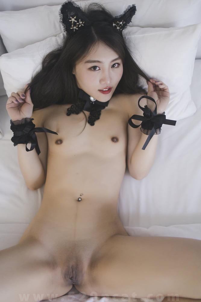 Annie - 82 Pics
