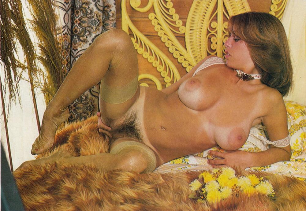 naked-linda-cohn