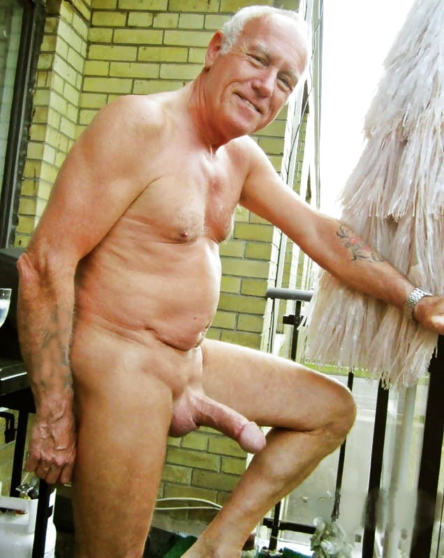 Gay senior naked man, amateur photo albums