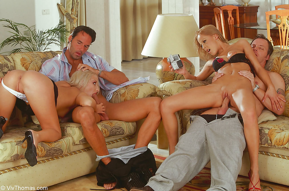 план, профи, девушки играют в карты на секс желания канал природой для