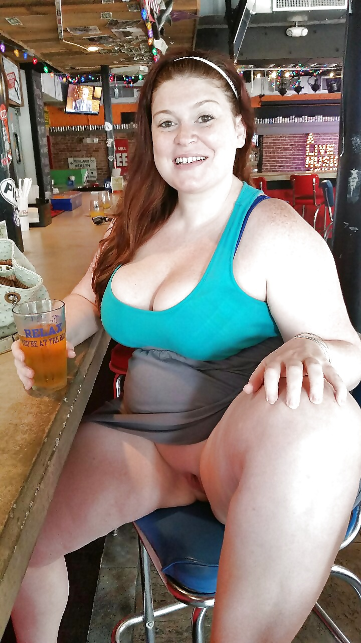 Candid fat sexy girl