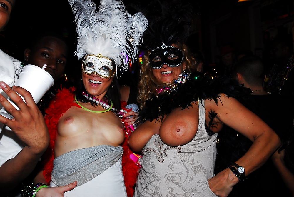 Mardi gras girls love cock