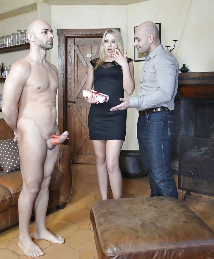 жена сделала подарок мужу порно русское молодые