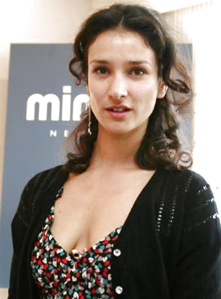 Indira varma- 13 Pics