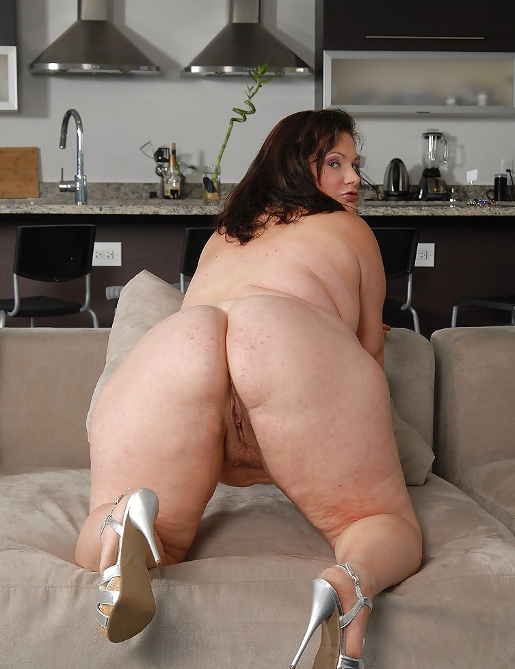 Fat porn in heels