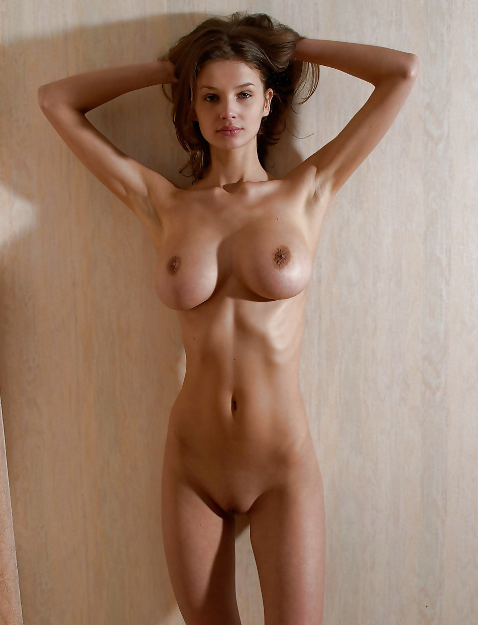 skinny-girls-with-big-boobs-nude