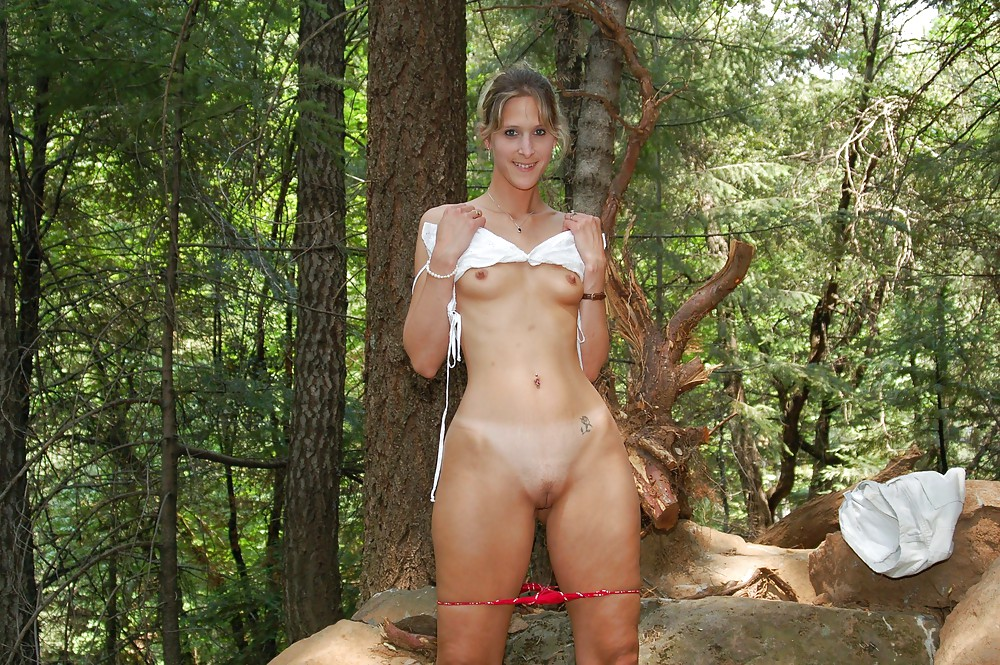 naked-wild-outdoor-video