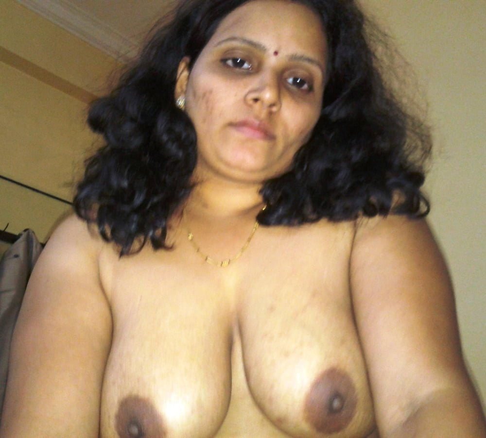 Moore nude tamil naked video download