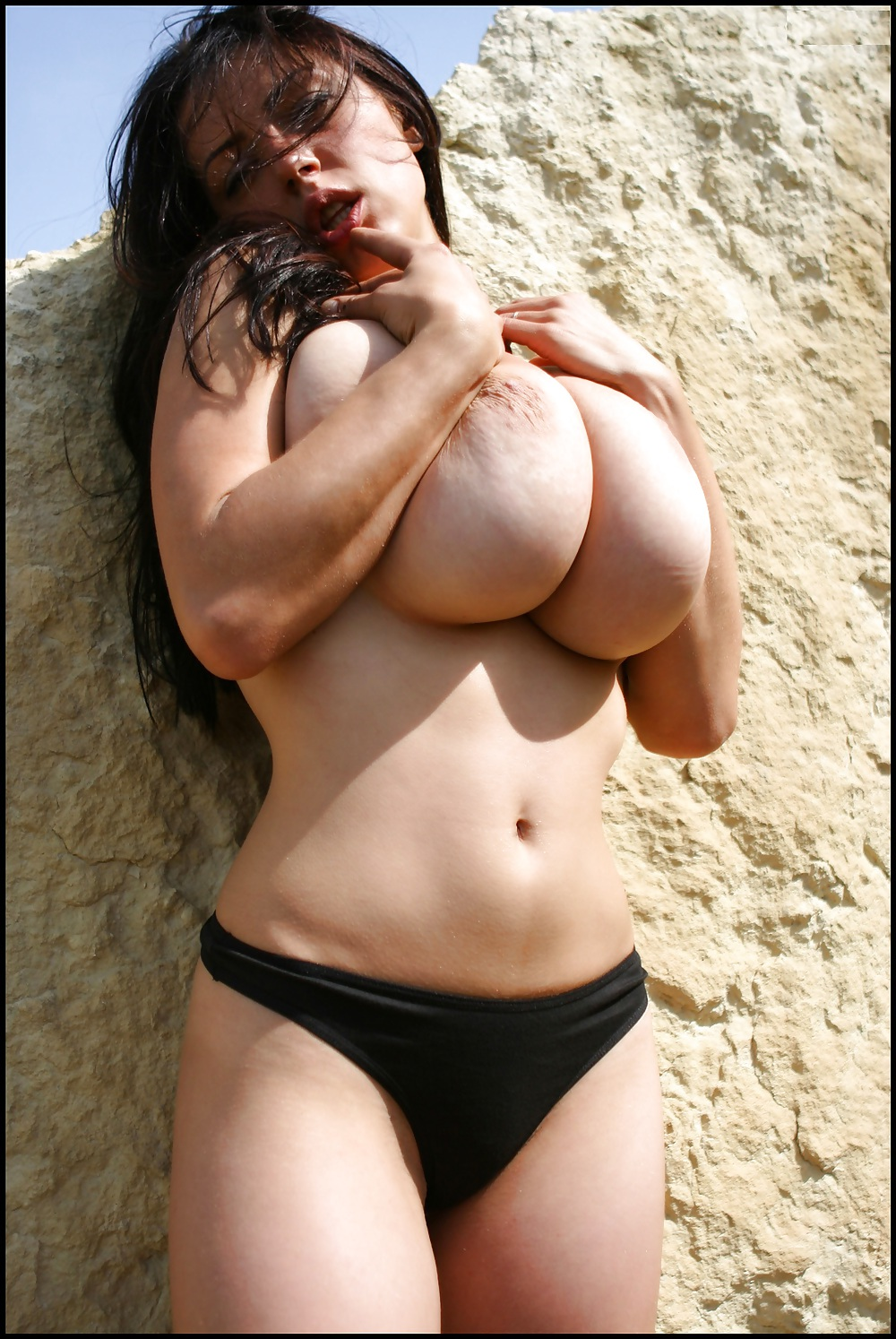 sakova boobs Anya