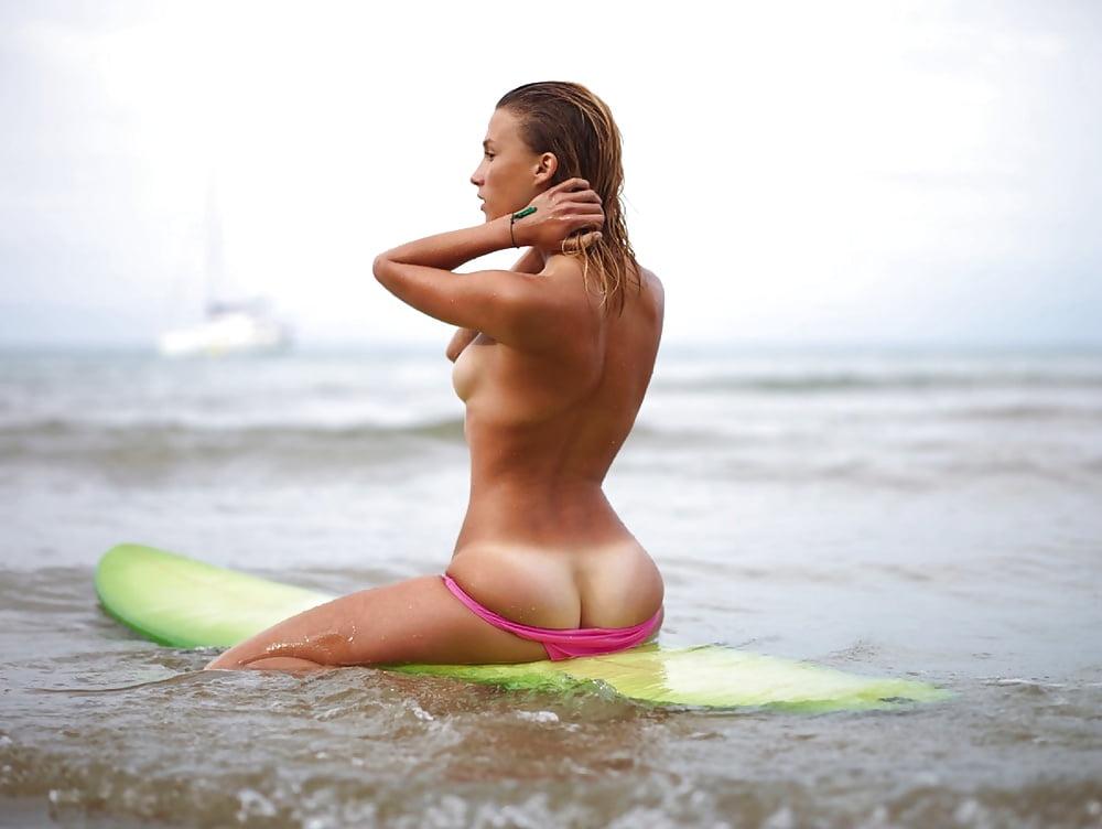 Sexy Surfer Girls Photos