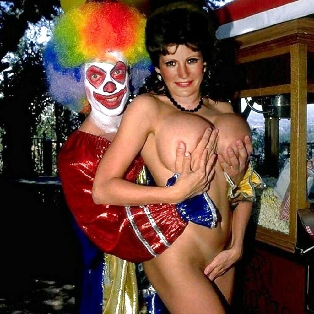 Sexy Women Clowns